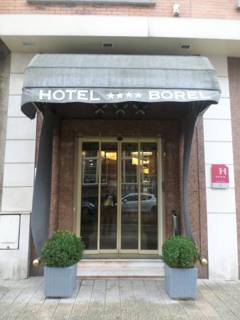 Hotel Borel: Entrée
