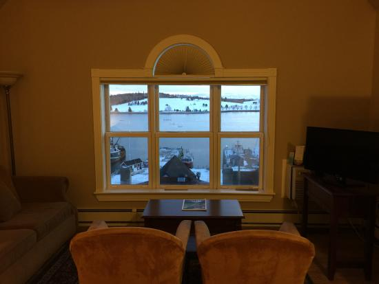 Lunenburg, Canada: View from room overlooking the waterfront