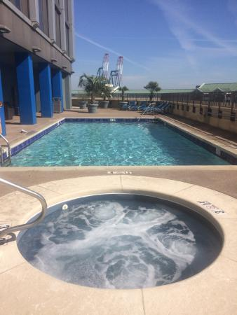 Mobile Pool heated pool and spa. - picture of renaissance mobile riverview plaza