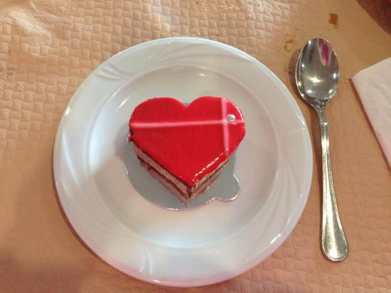 Navalmoral de la Mata, Ισπανία: Tarta de chocolate. Postre por el día de San Valentín