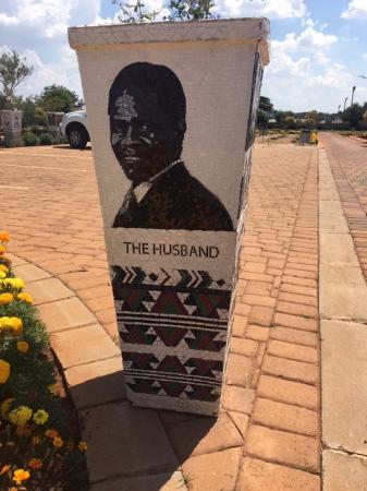 Benoni, Sudáfrica: Like I said - fantastic mosaic