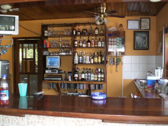 Restaurante Rainbow Village: Bar