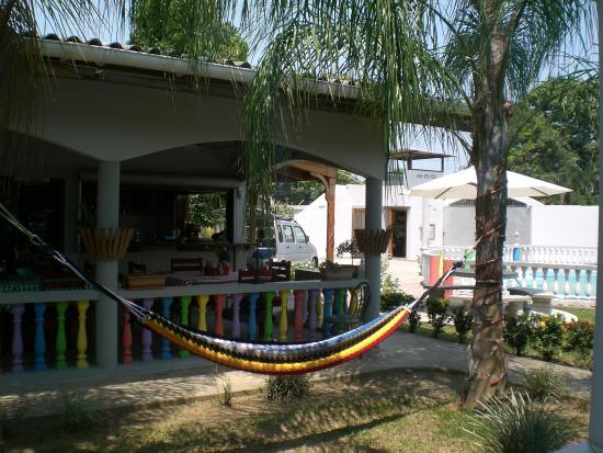 Restaurante Rainbow Village: Hamacs