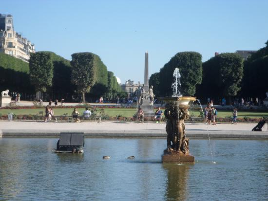 Paris, Frankrig: Домики уток в Центральном водном бассейне.