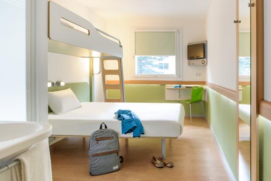 Ibis budget Hotel Hamburg City Ost: Zimmer mit französischem Doppelbett