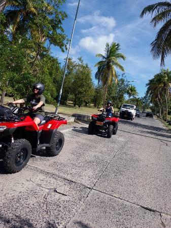 Oyster Pond, St-Martin/St Maarten: Marigot