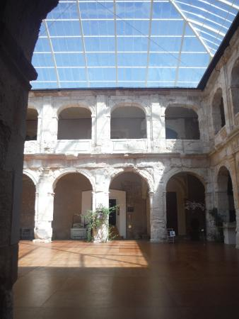 Medinaceli, Spain: Patio interior
