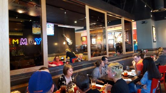 Red Robin Gourmet Burgers and Brews: Dining area on right looking to middle seating area