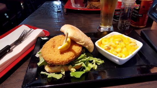 Crab cake burger/ side order of Mac cheese