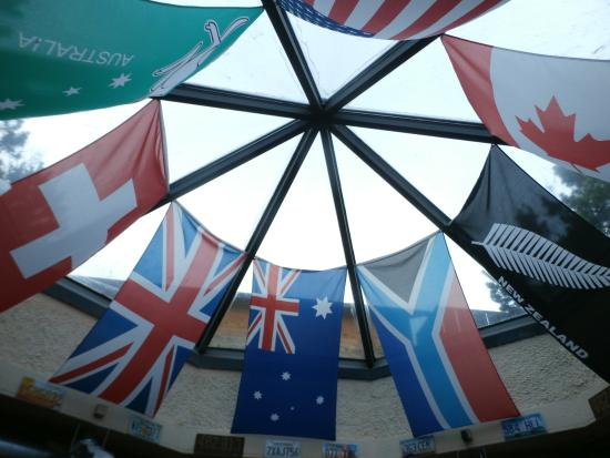 Pot Belly's: Country flags