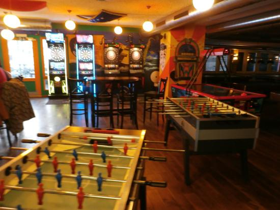 Pot Belly's: Games area