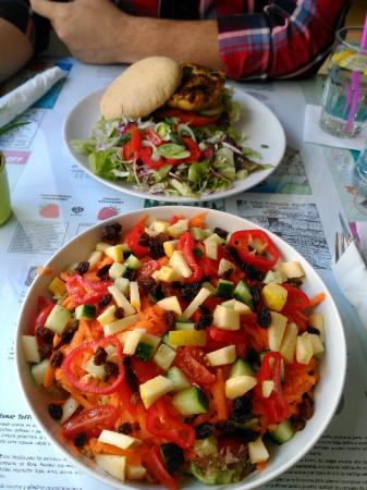 Chirimoya Healthy Food Station: FB_IMG_1455461119462_large.jpg