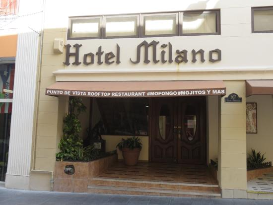 Hotel Milano: Entrance