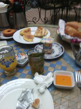 Riad al akhawaine: Desayuno