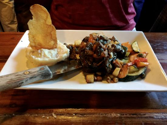 Wadsworth, IL: New Orleans Blackened Conch Filet: nice and tender; delicious!