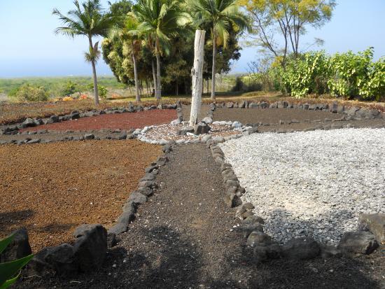 Paleaku Gardens Peace Sanctuary: Native Healing Circle.