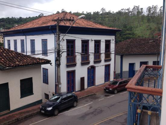 Itabira e Arquivo Publico Museum