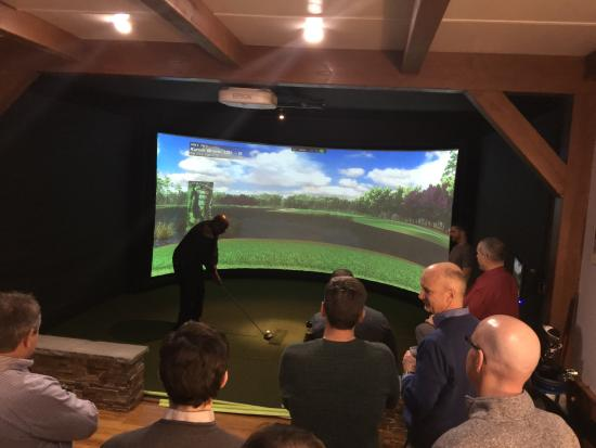 Tee to Green Golf Center : Great venue for entertaining work colleagues