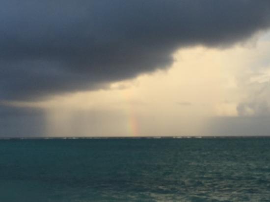 Hollywood Beach Suites Turks and Caicos: Rainbow after the rain.