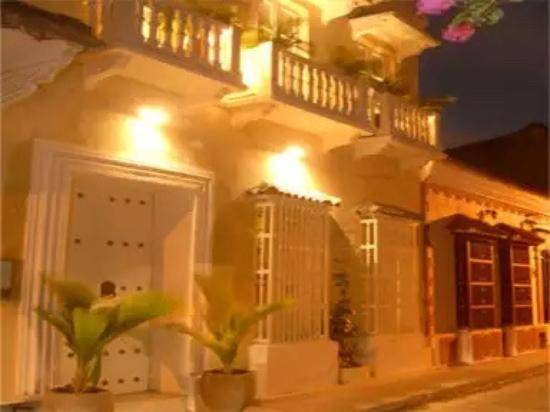 Hotel Casa Lola: Frente do Hotel