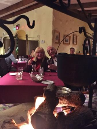 Rossini's Restaurant: Dinner by the fire