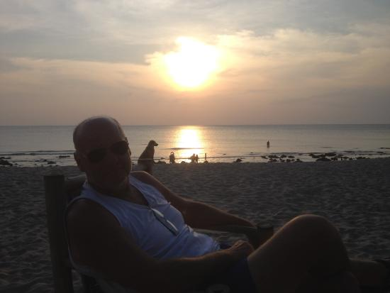 Jai Dee Home : enjoying the sunset at Jai Dee's