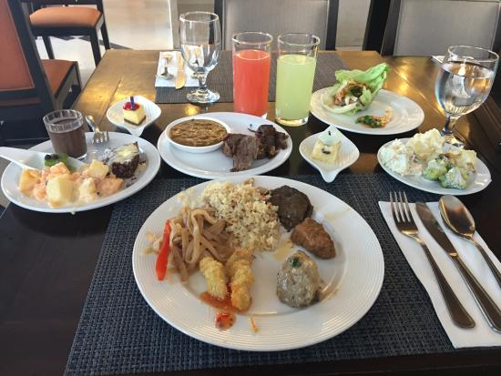 the lunch buffet was world class picture of harolds hotel cebu rh tripadvisor ie