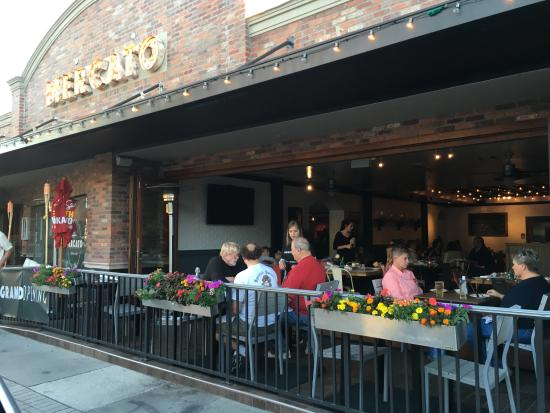 Mercato Pizzeria Bar Italian Etc In Hillview Neighborhood Of Sarasota