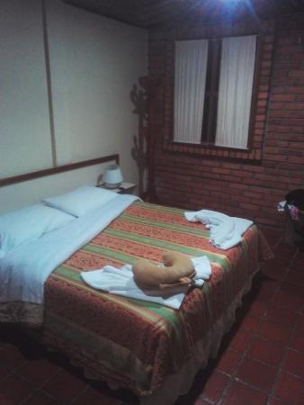 Cama matrimonial de una habitaci n para tres personas este - Habitacion para tres ninos ...