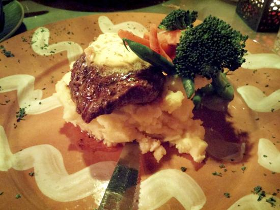 Byzantium: Filet Mignon with garlic mashed potatoes and vegetables.