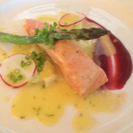 Chez Pierre: Confit Salmon Fillet, creamed leeks,asparagus,beetroot puree, light dill & ginger beurre blanc s