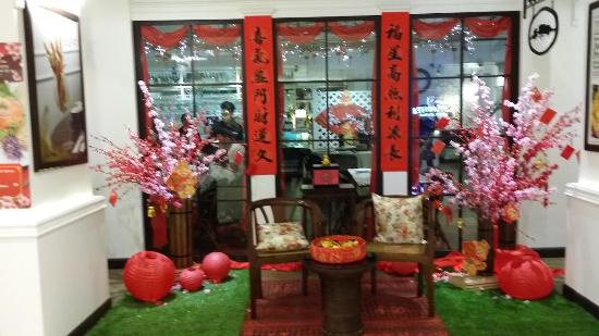 Chinese New year decor - Picture of In Colonial Restaurant ...