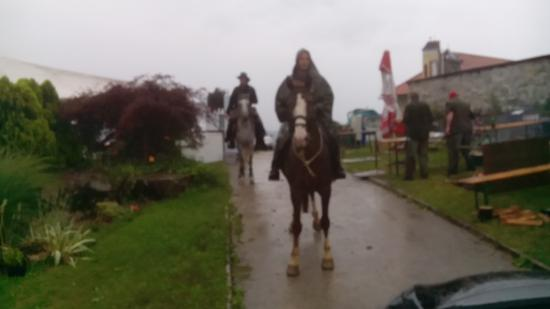 Karlovac County, Croacia: Riders on the storm