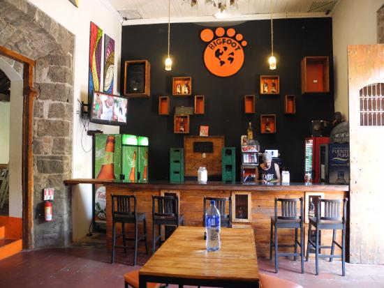 Bigfoot Hostel: Bar