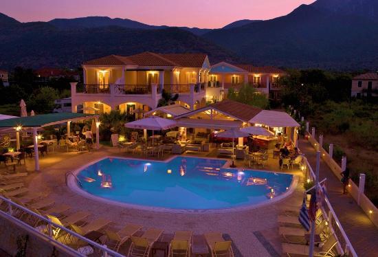 Iris Hotel Apartments