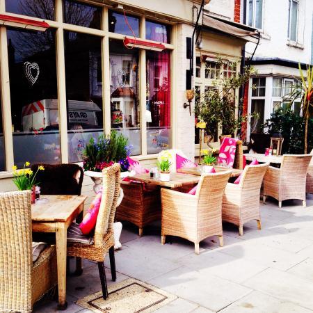 Annie's Restaurant- Chiswick