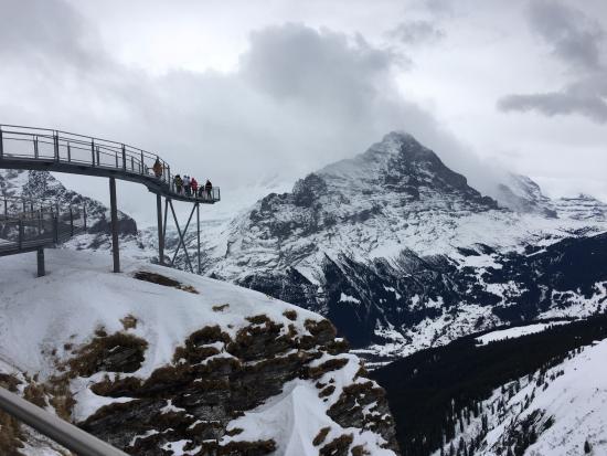 Гриндельвальд, Швейцария: חלק ממסלול ההליכה סביב הפסגה