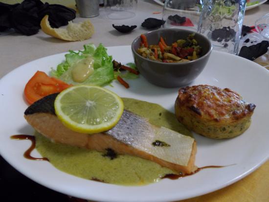 Pave de saumon picture of les chtits bouchots l 39 aiguillon sur mer tripadvisor - Comment cuisiner pave de saumon ...