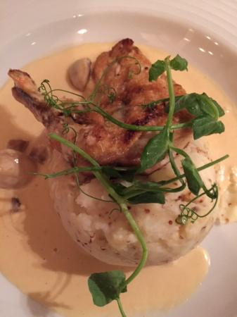 Skelwith Bridge, UK: Guinea Fowl (£12) - tasty on mustard mash and the usual veg.