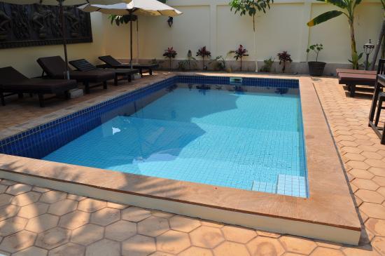 Sun Sothy Guesthouse: la piscine