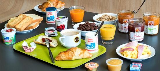 B&B Hotel Chateauroux Deols: Petit-déjeuner