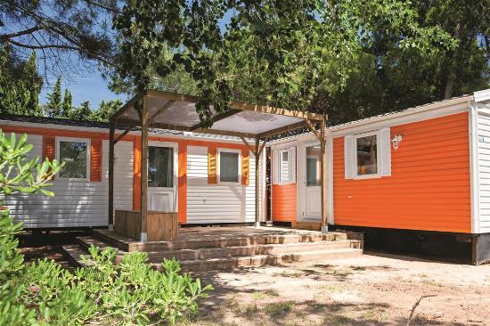 Torreilles, Frankrig: Nos mobil-homes 6-8 personnes  (camping-village La Palmeraie)