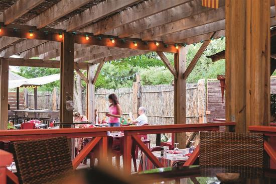 Torreilles, Frankrig: Le bar-snack-restaurant  (camping-village La Palmeraie)