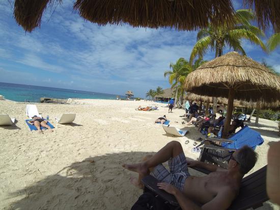 George Town, Gran Caimán: The beach