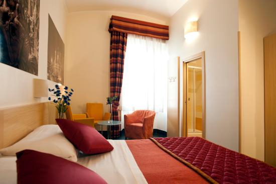 Photo of La Mongolfiera Rooms Rome