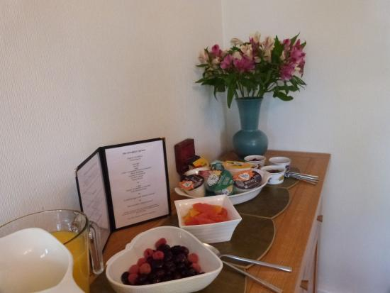 Avonlea House: Enjoy breakfast with us
