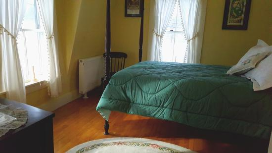 Chocorua, NH: Room with Double Bed