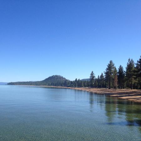 South Lake Tahoe, CA: Озеро Тахо - очень красивое место. Прозрачная вода, уникальная природа, чистейший воздух!