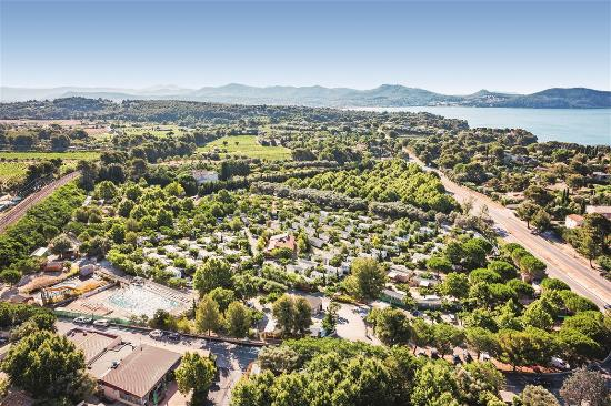 Camping la baie des anges updated 2017 campground for Camping la ciotat avec piscine