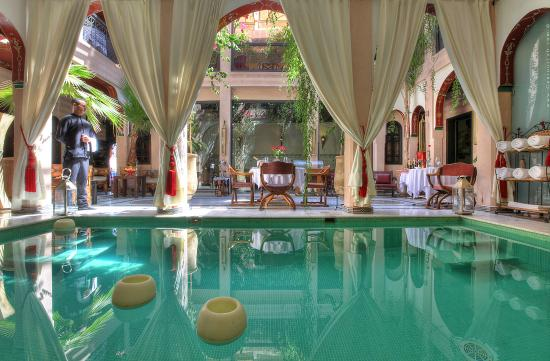 Riad Dar Anika: Heated Pool.